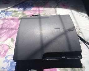 PS3 con un control y con 11 juegos digitales