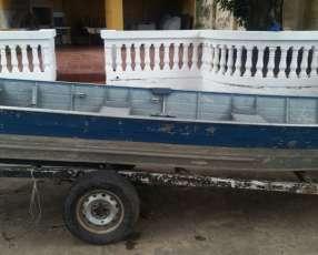 Embarcación de aluminio con motor de 25hp