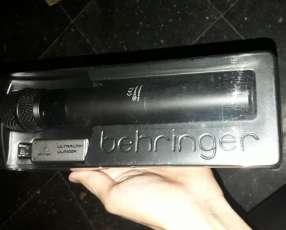 Micrófono Behringer ULM 100 USB