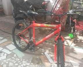 Bicicleta todo terreno de 18 cambios aro 26