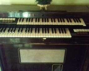 Organo Farfisa