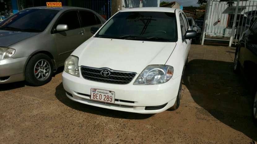 Toyota corolla año 2004 color blanco caja automática