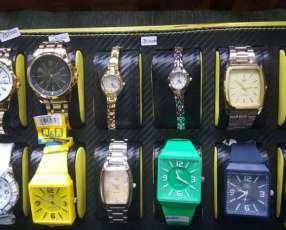 Relojes para hombres y mujeres
