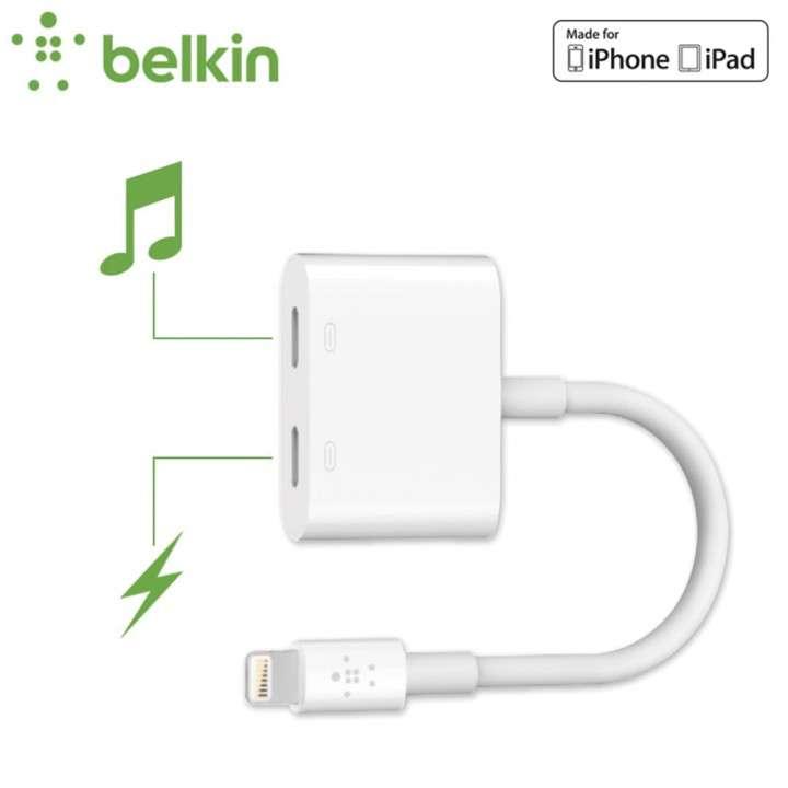 Adaptador lightning + audio belkin