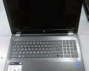 Notebook HP 15.6 4 gb 500 gb W10 nuevas