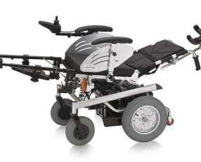 Silla de ruedas motorizada todo terreno