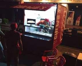 Motocarro equipado tipo food truck