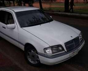 Mercedes Benz C220 1996 naftero
