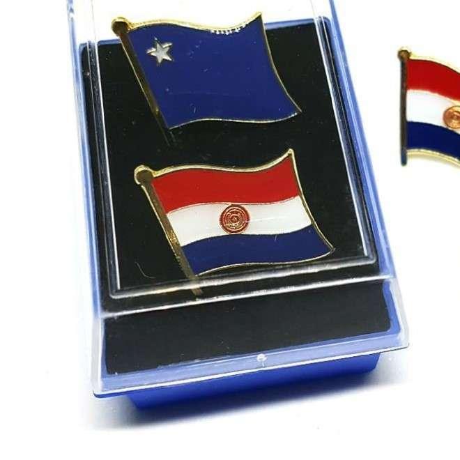Pin del Paraguay partido colorado liberal y musicales - 1