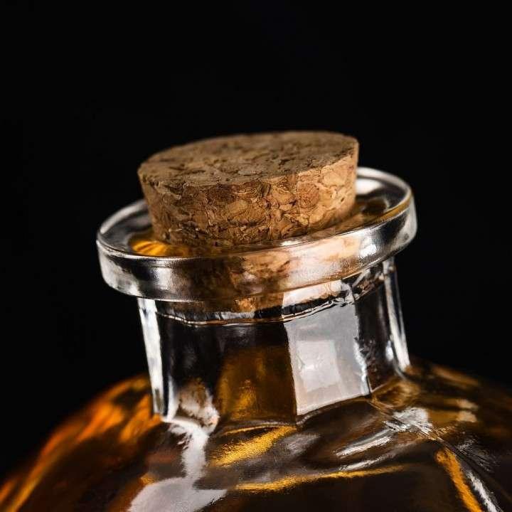 Decantador de licores con forma de calavera - 1