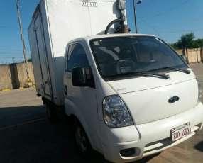 Kia k2700 titulo de garden para 3.000 kilos con furgon