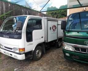 Isuzu ELF 1996 furgón recien importado 4x4 opcional financio