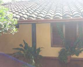 Casa en el centro de San Lorenzo zona Stock