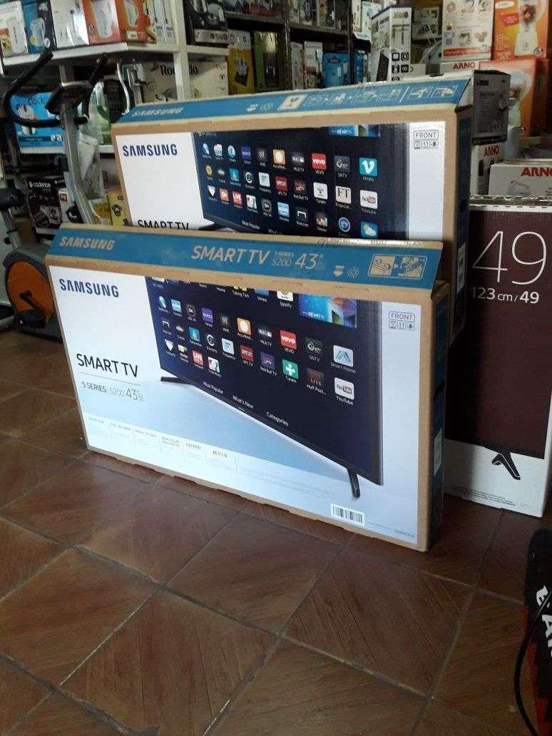 Tv led smart Samsung 43 pulgadas - 0