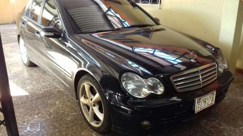 Mercedes Benz C220 CDi 2004 diésel automático - 0
