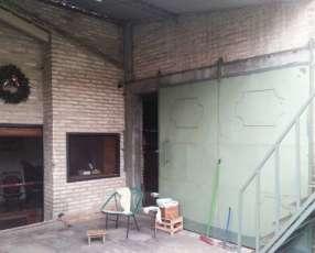 Casa Zona 4 Mojones Vivienda, tinglado y deposito