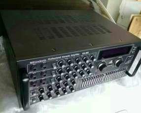 Amplificador profesional de 4 canales