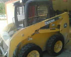 Mini pala Deere 315 2011