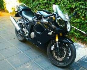Moto HYOSUNG GT250R año 2008