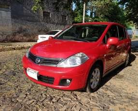 Nissan Tiida Hatch 2011 automático full de Cuevas Hnos