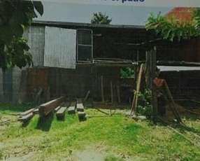 Casa con deposito en ñemby a pasos de acceso sur e0012