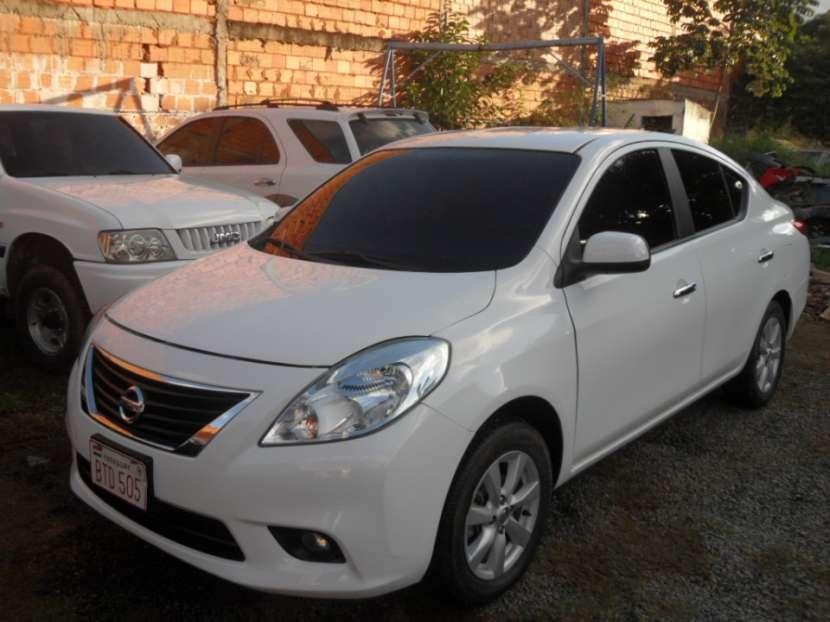 Nissan Versa 2012 naftero