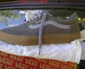 Vans Gilbert Crockett calce EEUU 9, UK 8, EUR 42, cm 27