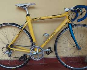 Bicicleta rutera Trek
