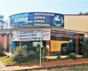 Salón Comercial con Tinglado en San Lorenzo