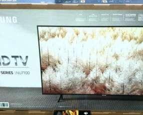 Smart TV Samsung 4k UHD 43 pulgadas nuevas