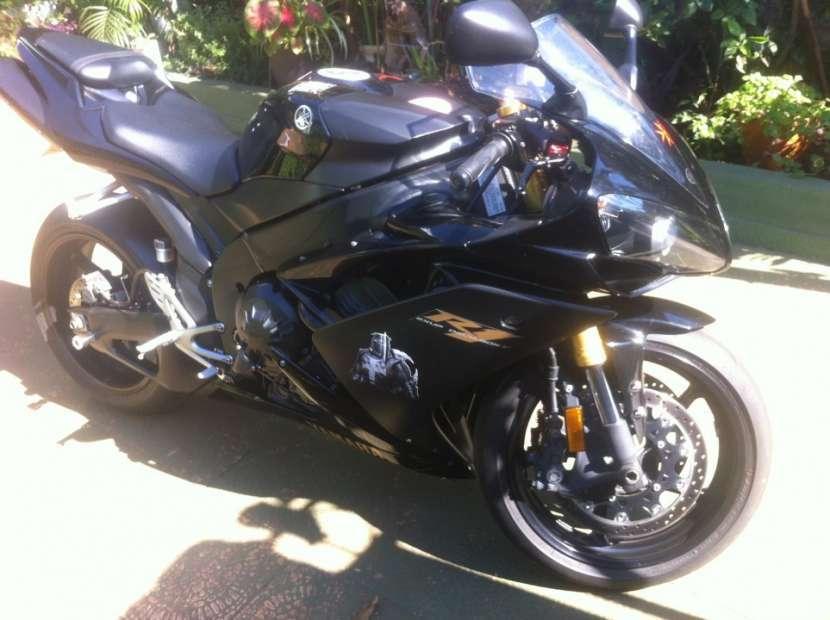 Moto Yamaha R1 2008 motor 1000cc - 1