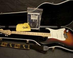 Guitarra Fender Vintage Hot Rod 57 Strat 2-Color Sunburst Maple