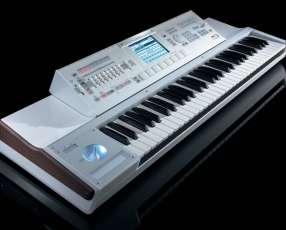 Teclado Korg M3-88 Key Workstation/Sampler