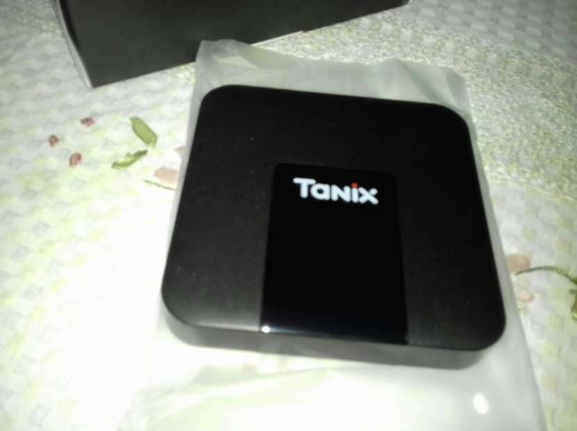 Android Box Tanix Original, converti cualquier Tv en Smart - 0