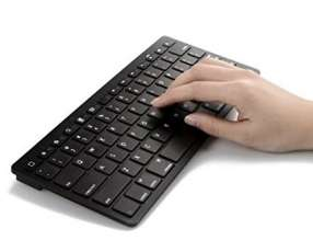 Teclado Bluetooth , mini slim , negro.