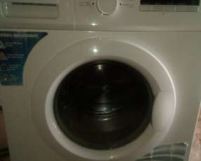 Lavarropas automática James
