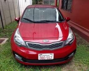 Kia Rio 2012 automático de Garden