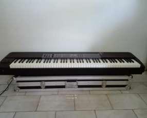 Piano M-AUDIO prokeys 88.