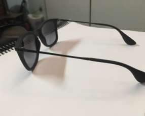 Lente Ray Ban modelo Chris