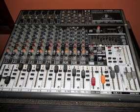 Consola con amplificador