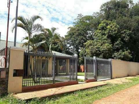 Casa en San Lorenzo zona hospital Acosta Ñu - 1