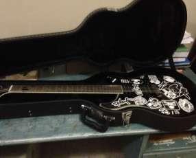 Guitarra PRS SE con estuche rígido