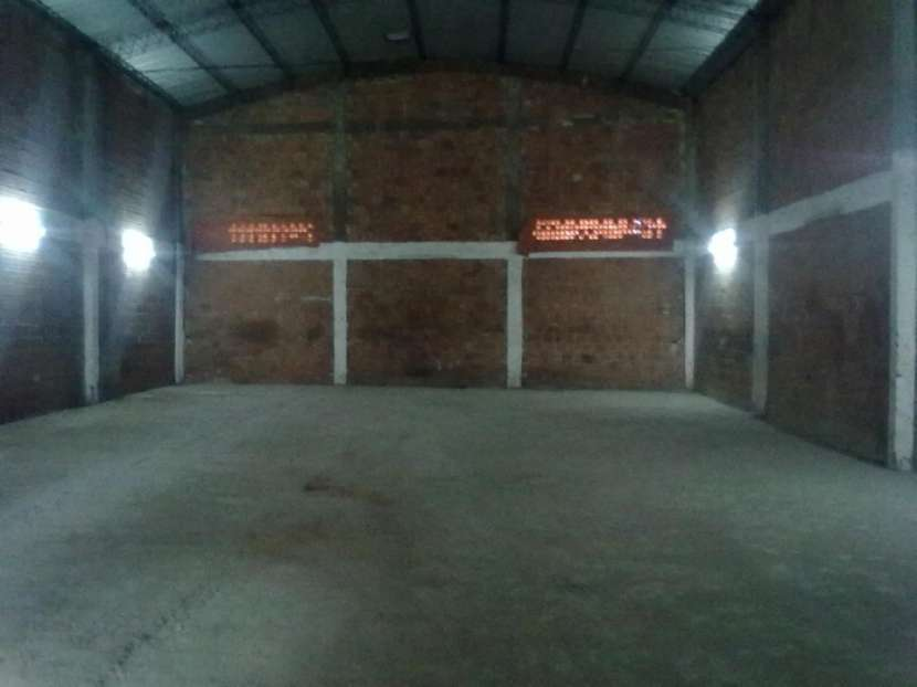 Tinglado 600 m2 zona Expo Mariano Roque Alonso - 3