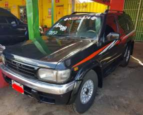 Nissan Terrano 1998 motor td27 diésel automático 4x4