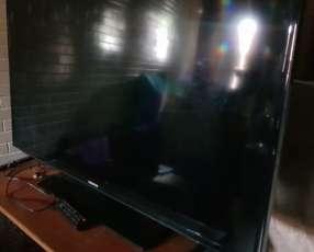Tv Samsung 47 pulgadas + Chromecast
