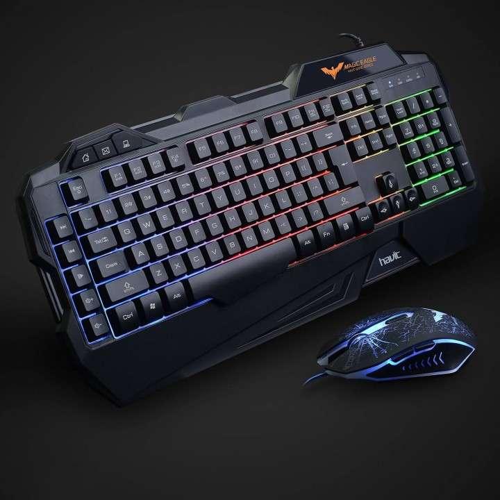 Teclado y mouse gamer usb con luces Havit 558cm - 1