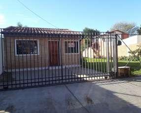Casa frente a UCA
