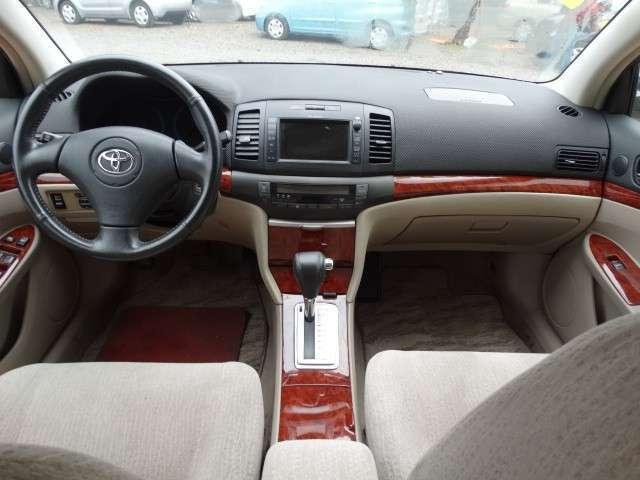 Toyota Premio 2002 - 5