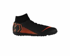 Todoterreno Nike con botita