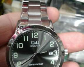 Reloj Q&Q para hombre original con calendario